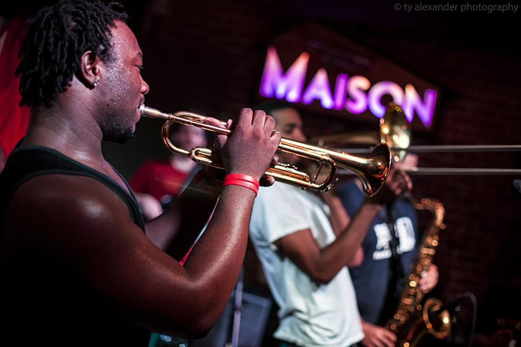 THE BIG EASY BRAWLERS new orleans funk band LIVE AT THE MAISON ON FRENCHMEN STREET