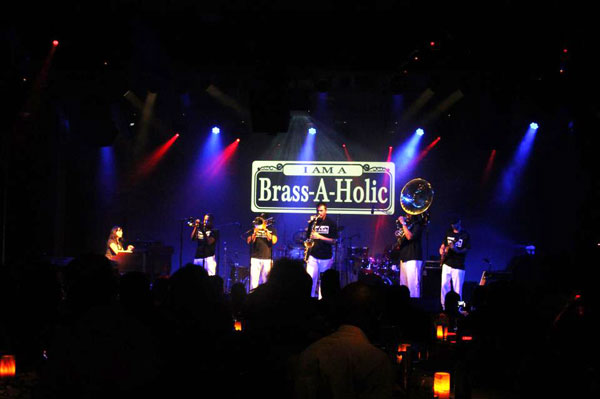 BRASS-A-HOLICS LICE AT THE MAISON NEW ORLEANS